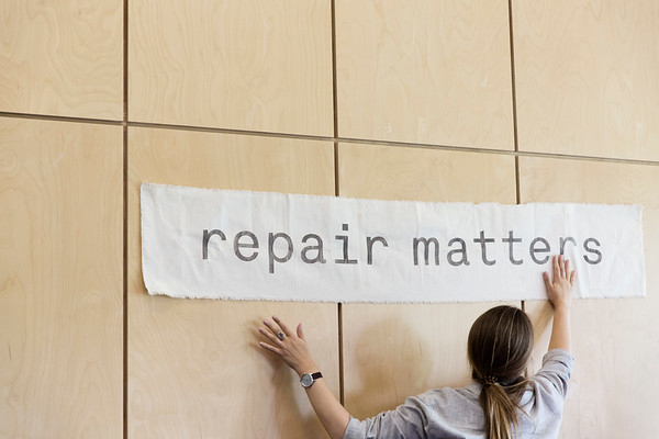 Metro repair cafe in Hillcrest Community Centre on Saturday Aug 24, 2019, in Vancouver, BC, CANADA -  Photo © Stephanie Lamy