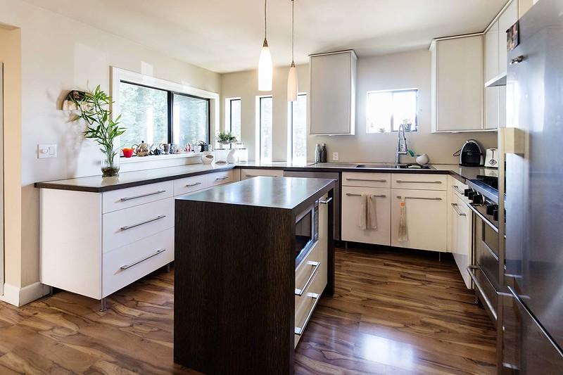 Celine Sauvage Real Estate agent