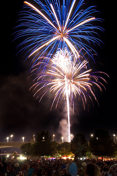"""<h3><strong>Today's Photo: Pops on the River (Chattanooga Fireworks July 3, 2012)</strong></h3> Through out my many years, I have seen many fireworks shows. Until this year, my favorite has been the Nashville July 4th display. However, <a title=""""Pops on the River"""" href=""""http://www.chattanoogapops.com/"""" target=""""_blank"""">Pops on the River</a> in Chattanooga has it beat by a long shot. The only thing they did not have was a waterfall off one of the local bridges. Other than that, the concert (Chattanooga Symphony Orchestra) was very good; traffic was reasonable and the crowd was well behaved. We got there early enough that the parking at Coolidge park was very good and it was before they closed the parking. When we left, it took us about twenty minutes to get out of traffic. Not bad for somewhere near 30,000 people.  Read more at the <a href=""""http://justshootingmemories.com"""">Daily Photography Blog</a> Just Shooting Memories!..."""