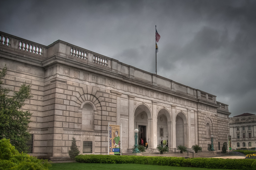 "<h3><strong>Today's Photo:  Freer Gallery of Art</strong></h3> I was in drafting for most of the four years I was in high school.  I had the dream of being an architect when I ""grew up"".  What ever happened to that dream?  Huh!  So, from a young age, I have taken an interest in architecture and getting to go to a city with lots of old buildings and wonderful architecture like Washington D.C. is always a treat for me.  This shot was just before I went into the Freer Gallery of Art, which houses the Smithsonian's Asian exhibits.  One of my favorite shots from inside was of the <a title=""The Blue Room"" href=""http://justshootingmemories.com/2011/07/18/the-blue-room/"">Blue Room</a>.  Read more at the <a href=""http://justshootingmemories.com"">Daily Photography Blog</a> Just Shooting Memories!..."