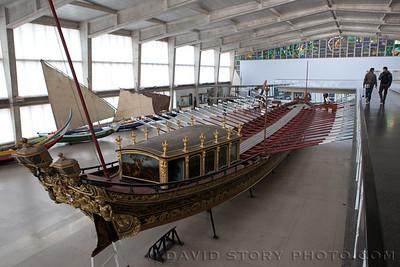 The Royal Barge (1778). Maritime Museum, Lisbon, Portugal.
