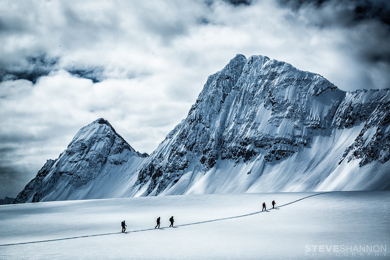 Crossing the Lyell Icefield.<br /> Athletes: Emelie Stenberg, Dave Petrik, Oleh Antonyshyn, Damir Matic and Paul Binhammer<br /> Location: Icefall Lodge, BC