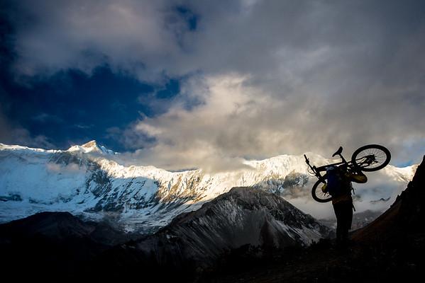 Bikepacking to Tilicho Lake (4919m), Nepal.