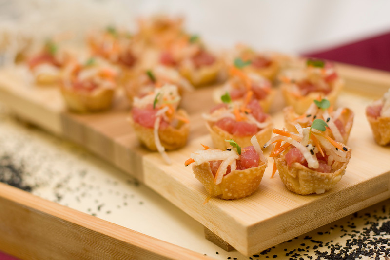A Cape Cod wedding appetizer, Tuna in wontons