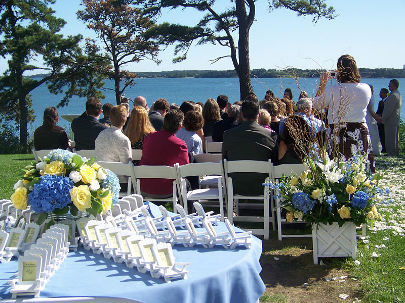 The perfect seaside wedding ceremony on Cape Cod
