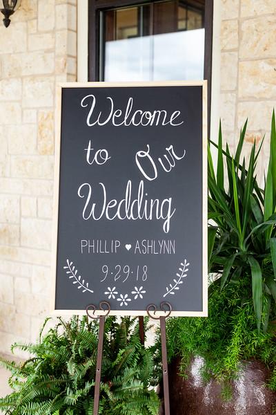 Ashlyn_and_Phillip_Reeves_Wedding_Prep_01