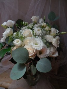 mixed eucalyptus, ranunculus, lisianthks, queen anne' lace- $125-$135