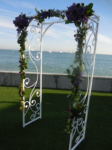 Sub base Pt Loma  garlands and arch centerpiece $300