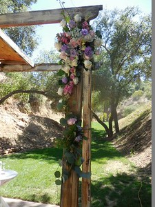 Los Willows  Fallbrook  arch $295 arr to be used on tables later