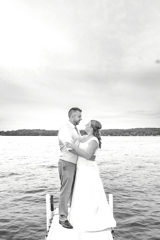 Brooke & Chris_0004-BW