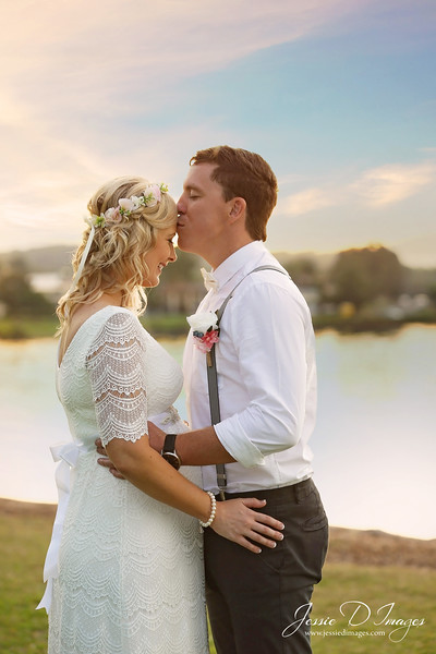 Wedding  photography - Lake Macquarie wedding - bride and groom kiss