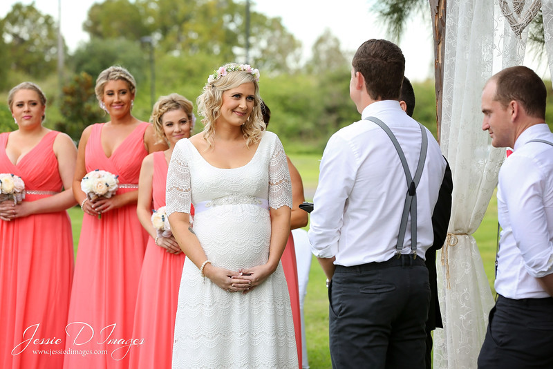 Wedding  photography - Lake Macquarie wedding - wedding ceremony