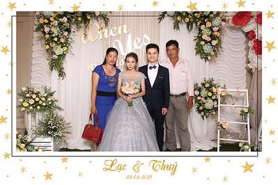 Chụp ảnh lấy liền và in hình lấy liền từ photobooth tại tiệc cưới của Lạc & Thủy | Instant Print Photobooth at Lạc & Thủy's Wedding | PRINTAPHY - PHOTO BOOTH VIETNAM