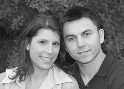Hi Lisa and Tom,   The pictures are absolutely BEAUTIFUL!!!!  Thank you so much we had a great time.  We would like the following engagement pictures:  14-7109 3 5x7's and one B&W 5x7  19-7219 (5x7)  plus one 8x10 of 14-7109 for the signature mat to be displayed (in place of a guest book) at the reception.   Thanks,  Kelly and Louis  http://www.tlc.smugmug.com/gallery/1524191