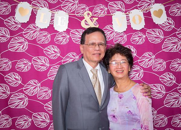 Montreal Wedding Photographer Videographer Photobooth | La Toundra | Montreal Vietnamese Wedding | Lindsay Muciy Photography | 2016