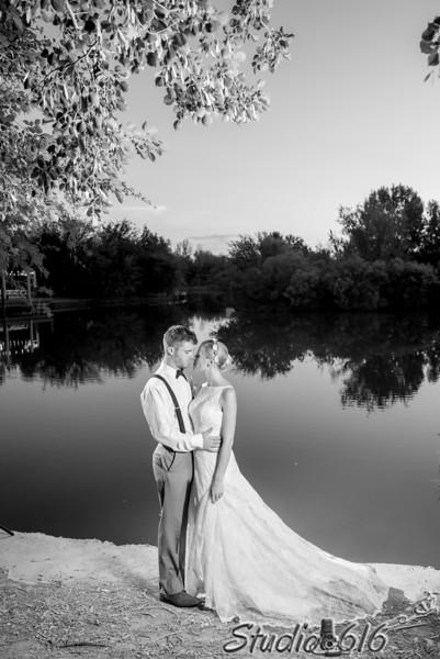 2017-10-15 Lindsey-Derek - © Studio 616 Photography-365-2