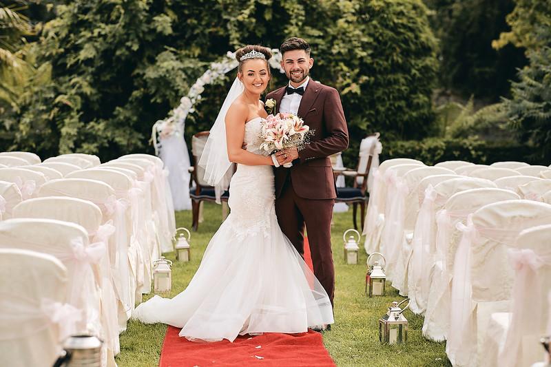 Rebecca and Grahams wedding at Johnstown Estate