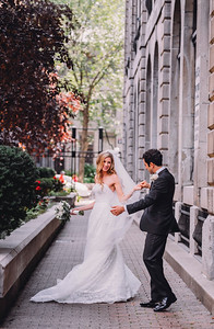Best Wedding Photographer Montreal | Notre Dame Bascillica | Montreal Science Center |