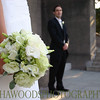 Bride and groom at Wellingtons Memorial.