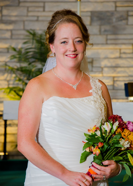 Loehrs wedding bride with flowers