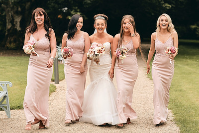 Beautiful bride with her bridesmaids at the Johnstown Estate Hotel