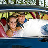 Schwarz wedding bride and groom in camaro
