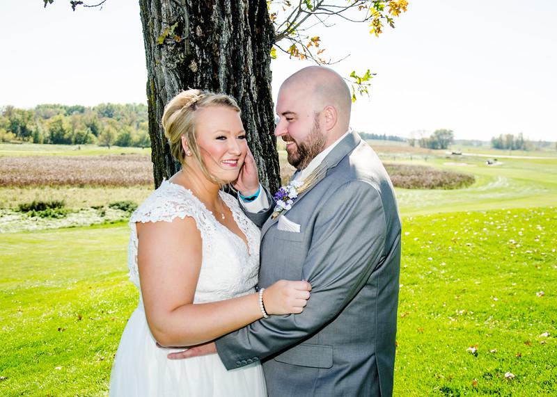 Riess wedding bride and groom