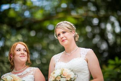 Chrissy-Lou-039-Millbrook-Estate-devon-wedding-photographer-rebecca-roundhill