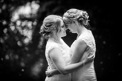 Chrissy-Lou-142-Millbrook-Estate-devon-wedding-photographer-rebecca-roundhill