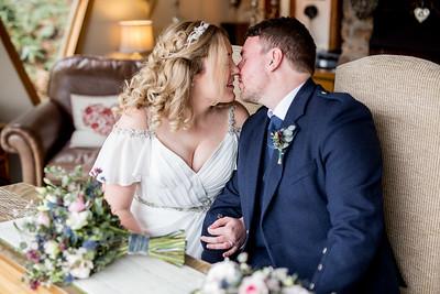 Emily-Ben-073-millbrook-estate-devon-wedding-photographer-rebecca-roundhill