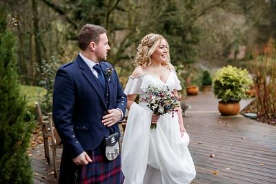 Emily-Ben-039-millbrook-estate-devon-wedding-photographer-rebecca-roundhill