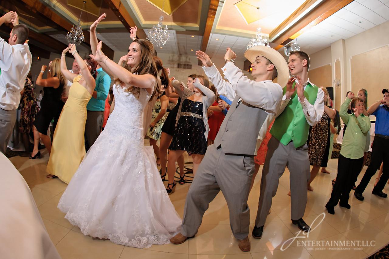 JSP-08-15-14_Wedding-0776
