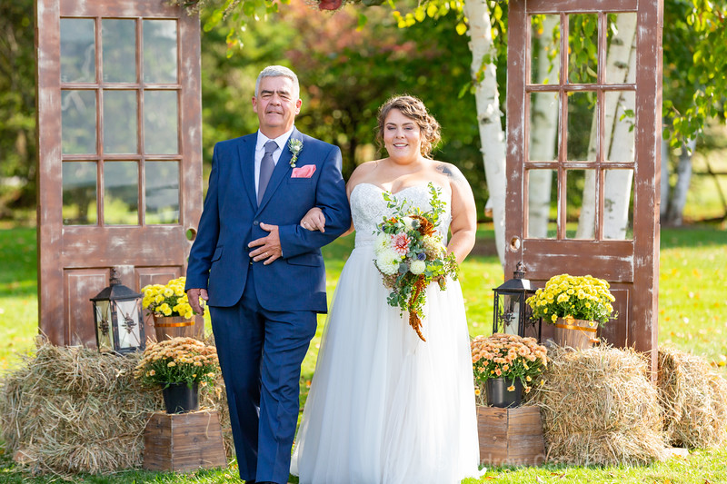 Hubbel_Homestead_Wedding_Photographer_Bennington_Vermont-317