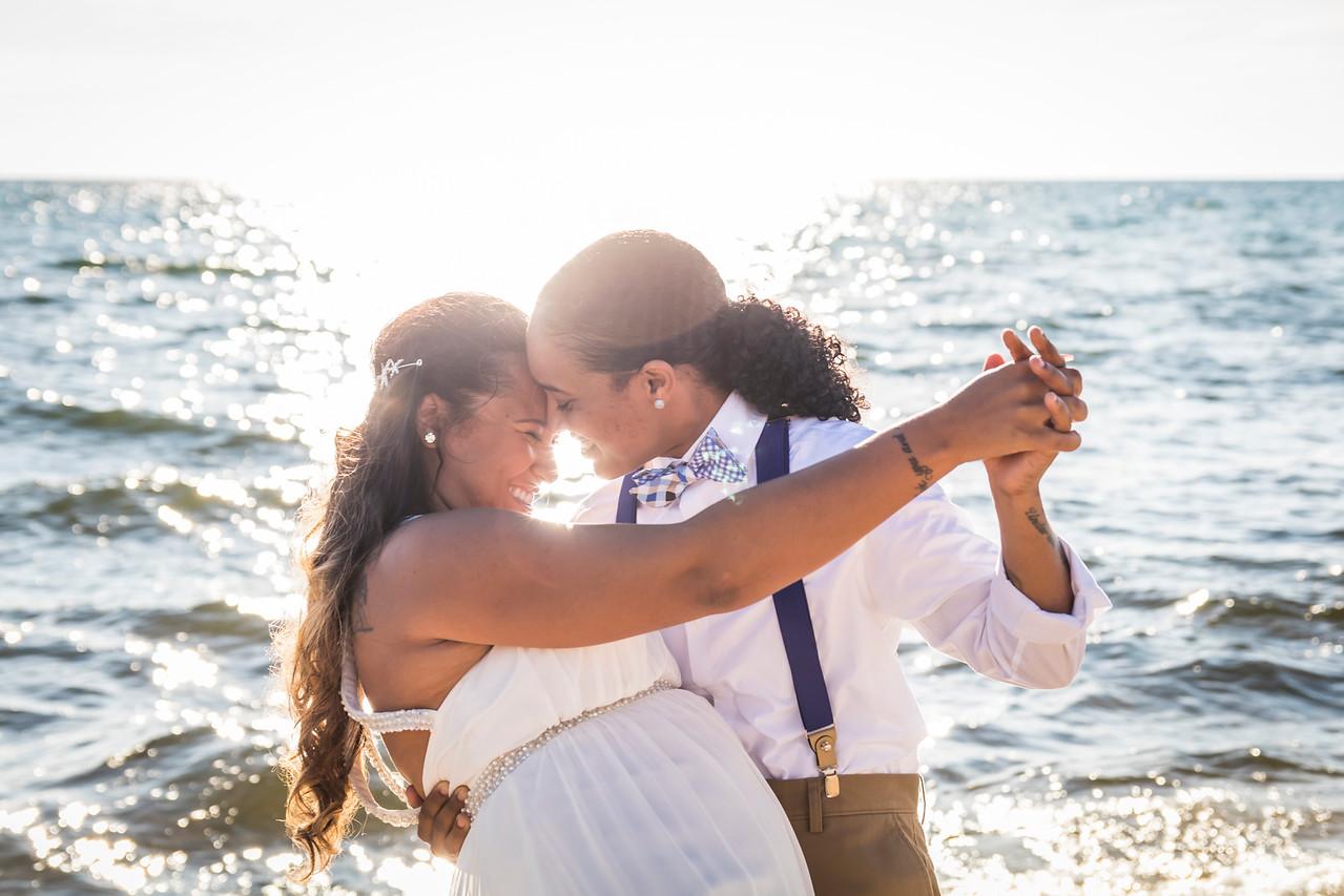 IMAGE: https://photos.smugmug.com/Wedding-Starr-Lorren/i-LHBZ67r/0/X2/Starr%26Lorren_009-X2.jpg