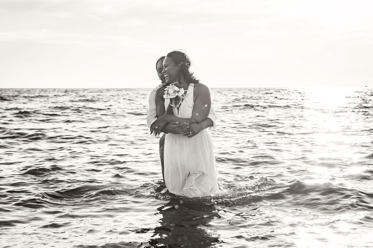 IMAGE: https://photos.smugmug.com/Wedding-Starr-Lorren/i-PrmsgDM/0/X2/Starr%26Lorren_064-BW-X2.jpg