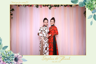 Chụp ảnh lấy liền và in hình lấy liền từ photobooth/photo booth tại tiệc cưới Thanh & Stephen | Instant Print Photobooth/Photo Booth at Thanh & Stephen's wedding | PRINTAPHY - PHOTO BOOTH VIETNAM