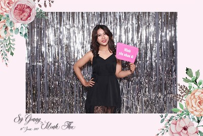 Chụp ảnh  lấy liền và in hình lấy liền từ photobooth tại tiệc cưới Thu & Giang | PRINTAPHY - PHOTO BOOTH VIETNAM