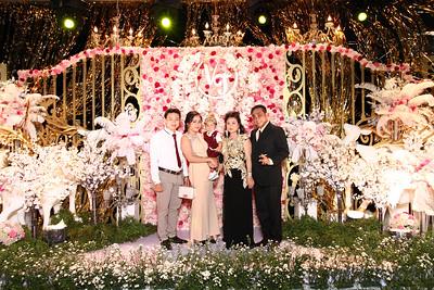 Chụp ảnh lấy liền và in hình lấy liền từ photobooth tại tiệc cưới của Thu & Van   Instant Print Photobooth at Thu & Van's Wedding   PRINTAPHY - PHOTO BOOTH VIETNAM