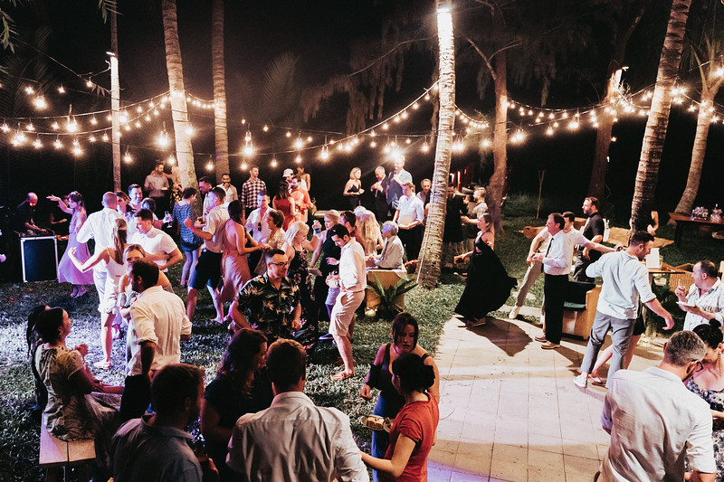 Hoi An Wedding - Intimate Wedding of Angela & Joey captured by Vietnam Destination Wedding Photographers Hipster Wedding-90411
