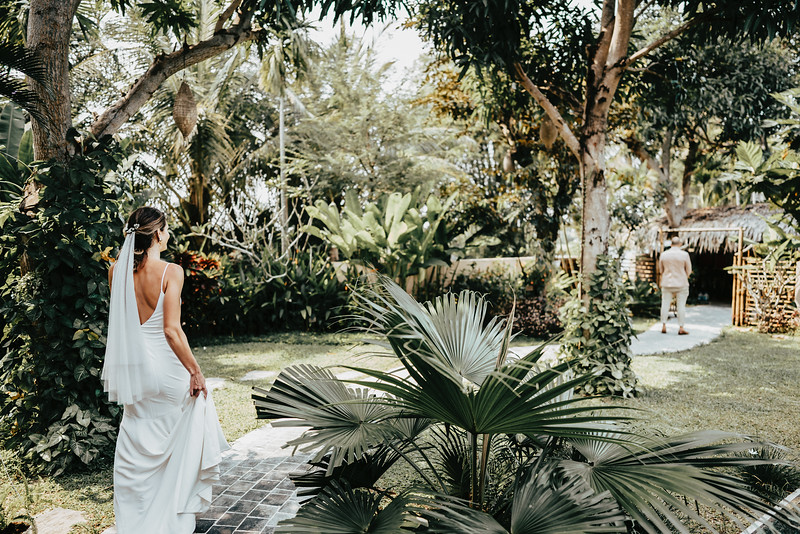 Hoi An Wedding - Intimate Wedding of Angela & Joey captured by Vietnam Destination Wedding Photographers Hipster Wedding-8022