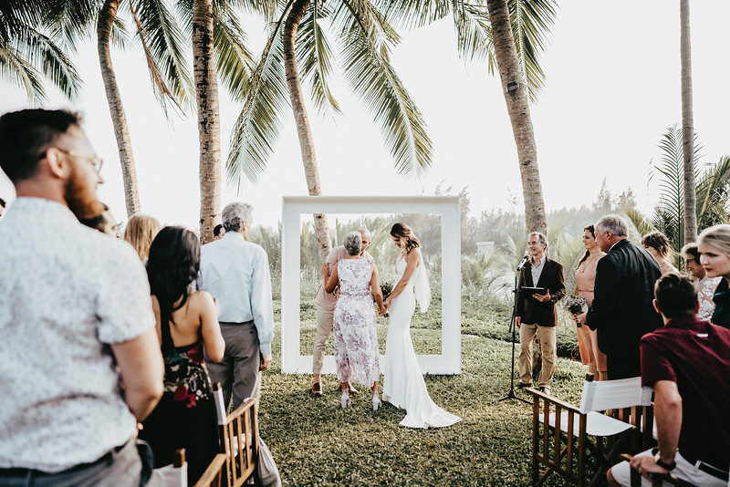 Hoi An Wedding - Intimate Wedding of Angela & Joey captured by Vietnam Destination Wedding Photographers Hipster Wedding-8588