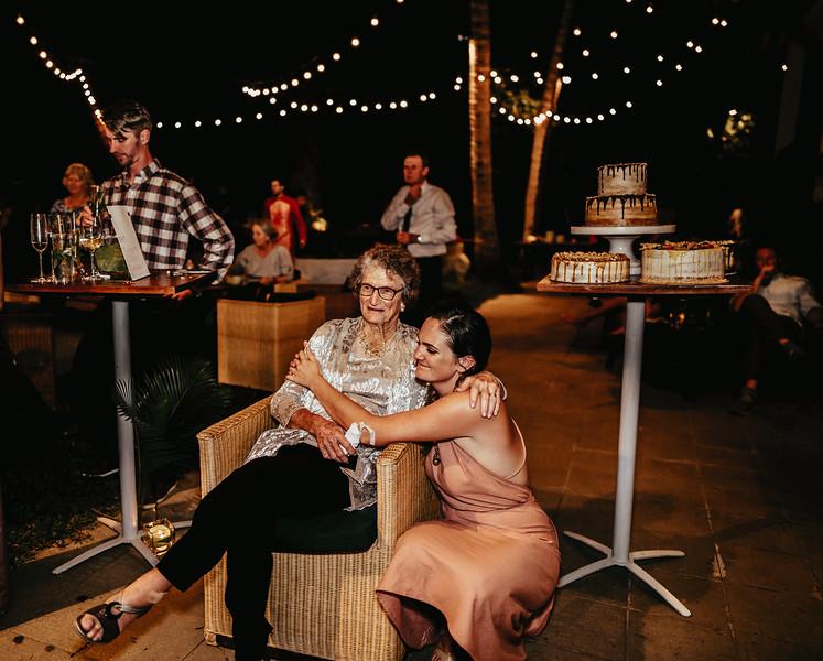 Hoi An Wedding - Intimate Wedding of Angela & Joey captured by Vietnam Destination Wedding Photographers Hipster Wedding-9107