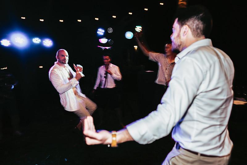 Hoi An Wedding - Intimate Wedding of Angela & Joey captured by Vietnam Destination Wedding Photographers Hipster Wedding-9061