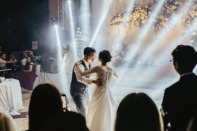 JWMarriott Ha Noi Intimate Wedding of Trang Hi well captured by Hipster Wedding Vietnam Wedding Photographer-1133
