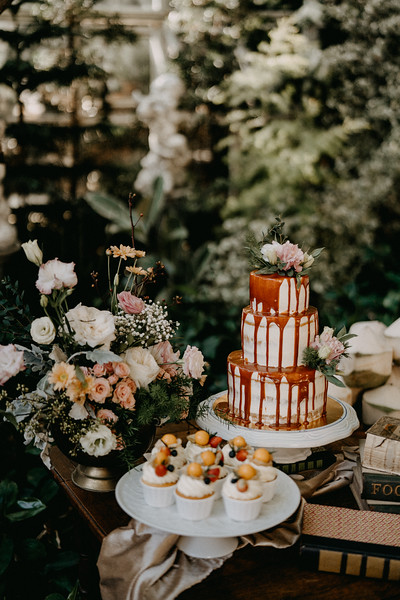 Chiangmai rustic glasshouse wedding captured by Hipster Wedding