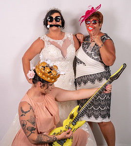 Louise and Aled Photo Booth-10