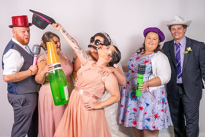 Louise and Aled Photo Booth-13