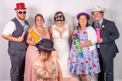 Louise and Aled Photo Booth-11