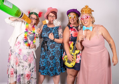 Louise and Aled Photo Booth-5