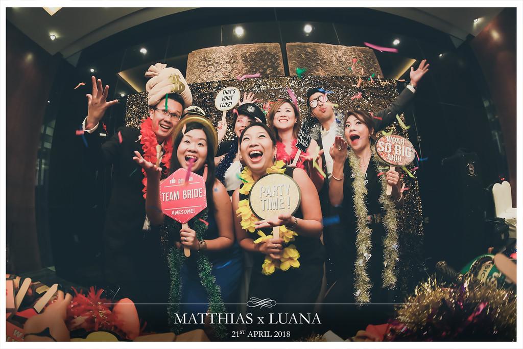 Matthias X Luana| © www.SRSLYPhotobooth.sg